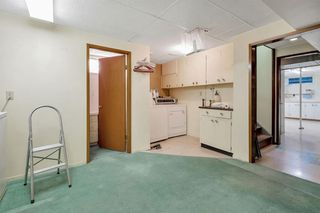 Photo 25: 7827 7 Street SW in Calgary: Kingsland Detached for sale : MLS®# A1030165