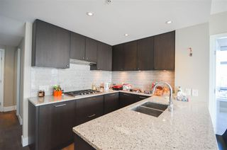 Photo 5: 1203 150 W 15TH Street in North Vancouver: Central Lonsdale Condo for sale : MLS®# R2498901
