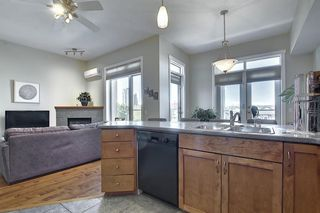 Photo 5: 6401 14 HEMLOCK Crescent SW in Calgary: Spruce Cliff Apartment for sale : MLS®# A1036904