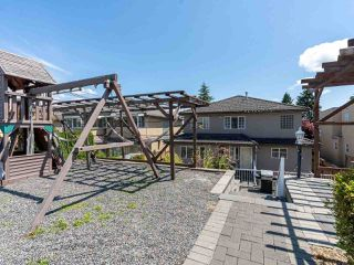 Photo 18: 2387 BONACCORD Drive in Vancouver: Fraserview VE House for sale (Vancouver East)  : MLS®# R2510745