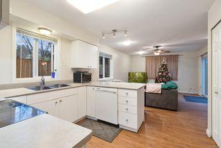 Photo 2: 549 Deerwood Pl in : CV Comox (Town of) House for sale (Comox Valley)  : MLS®# 862277