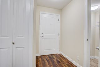 Photo 3: 314 5516 198 Street in Langley: Langley City Condo for sale : MLS®# R2525937