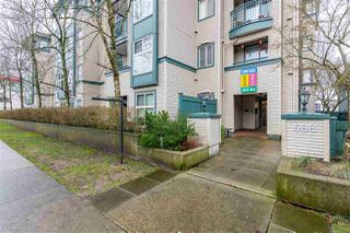 """Photo 2: 308 688 E 16TH Avenue in Vancouver: Fraser VE Condo for sale in """"Vintage Eastside"""" (Vancouver East)  : MLS®# R2527911"""