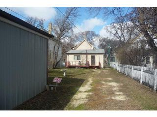 Photo 4: 386 Redwood Avenue in WINNIPEG: North End Residential for sale (North West Winnipeg)  : MLS®# 1205371