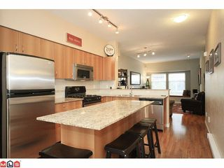 """Photo 4: 12 21535 88TH Avenue in Langley: Walnut Grove Townhouse for sale in """"REDWOOD LANE"""" : MLS®# F1210891"""