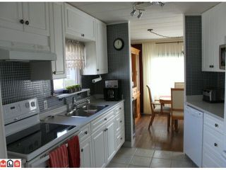"""Photo 4: 273 1840 160TH Street in Surrey: King George Corridor Manufactured Home for sale in """"Breakaway Bays"""" (South Surrey White Rock)  : MLS®# F1212134"""