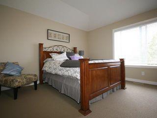 Photo 8: 2026 33 Street SW in CALGARY: Killarney Glengarry Residential Detached Single Family for sale (Calgary)  : MLS®# C3529646