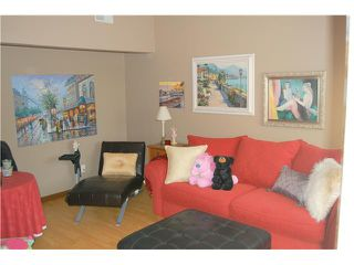 Photo 10: RANCHO PENASQUITOS Townhome for sale : 4 bedrooms : 9384 Babauta Road #123 in San Diego