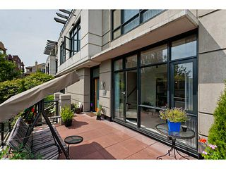 """Photo 21: 10 1 RENAISSANCE Square in New Westminster: Quay Townhouse for sale in """"THE Q"""" : MLS®# V1020471"""