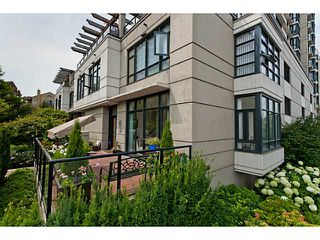 """Photo 20: 10 1 RENAISSANCE Square in New Westminster: Quay Townhouse for sale in """"THE Q"""" : MLS®# V1020471"""