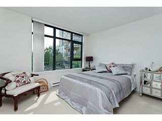 """Photo 8: 10 1 RENAISSANCE Square in New Westminster: Quay Townhouse for sale in """"THE Q"""" : MLS®# V1020471"""