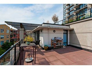 """Photo 17: 10 1 RENAISSANCE Square in New Westminster: Quay Townhouse for sale in """"THE Q"""" : MLS®# V1020471"""