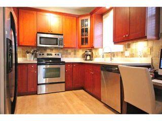 Photo 9: 2054 W 13TH AV in Vancouver: Kitsilano Condo for sale (Vancouver West)  : MLS®# V1037624