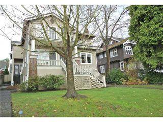 Photo 1: 2054 W 13TH AV in Vancouver: Kitsilano Condo for sale (Vancouver West)  : MLS®# V1037624