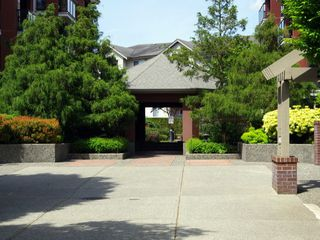 Photo 2: # 114 20259 MICHAUD CR in Langley: Langley City Condo for sale : MLS®# F1411492