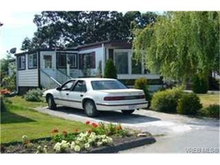 Photo 1:  in VICTORIA: VR Glentana Manufactured Home for sale (View Royal)  : MLS®# 442156
