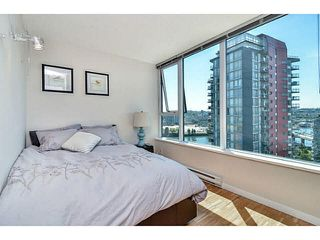 "Photo 12: 2005 33 SMITHE Street in Vancouver: Yaletown Condo for sale in ""Coopers Lookout"" (Vancouver West)  : MLS®# V1075004"