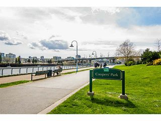 "Photo 19: 2005 33 SMITHE Street in Vancouver: Yaletown Condo for sale in ""Coopers Lookout"" (Vancouver West)  : MLS®# V1075004"