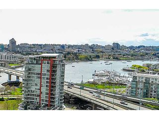 "Photo 2: 2005 33 SMITHE Street in Vancouver: Yaletown Condo for sale in ""Coopers Lookout"" (Vancouver West)  : MLS®# V1075004"