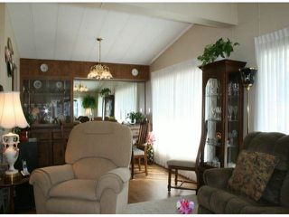 """Photo 4: 35 2120 KING GEORGE Boulevard in Surrey: King George Corridor Manufactured Home for sale in """"Five Oaks"""" (South Surrey White Rock)  : MLS®# F1421905"""