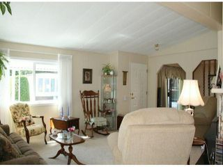 """Photo 3: 35 2120 KING GEORGE Boulevard in Surrey: King George Corridor Manufactured Home for sale in """"Five Oaks"""" (South Surrey White Rock)  : MLS®# F1421905"""
