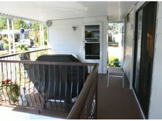 """Photo 8: 35 2120 KING GEORGE Boulevard in Surrey: King George Corridor Manufactured Home for sale in """"Five Oaks"""" (South Surrey White Rock)  : MLS®# F1421905"""