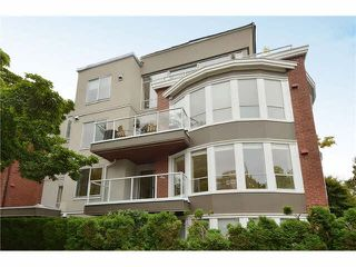 "Photo 1: 201 2288 W 12TH Avenue in Vancouver: Kitsilano Condo for sale in ""THE CONNAUGHT"" (Vancouver West)  : MLS®# V1084002"