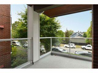 "Photo 16: 201 2288 W 12TH Avenue in Vancouver: Kitsilano Condo for sale in ""THE CONNAUGHT"" (Vancouver West)  : MLS®# V1084002"