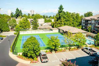 Photo 19: 402 14877 100 AVENUE in Surrey: Guildford Condo for sale (North Surrey)  : MLS®# R2030758