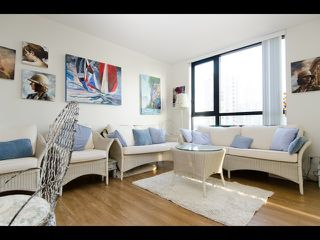 Photo 1: 1407 977 MAINLAND STREET in : Yaletown Condo for sale (Vancouver West)  : MLS®# R2132152