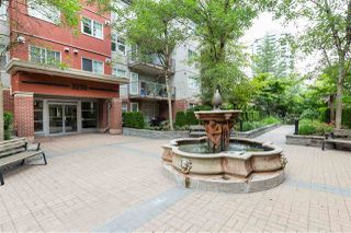 """Photo 18: 309 3250 ST JOHNS Street in Port Moody: Port Moody Centre Condo for sale in """"The Square"""" : MLS®# R2396381"""