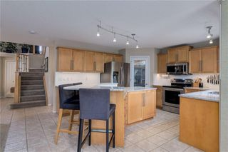 Photo 9: 100 DOUGLASDALE Point SE in Calgary: Douglasdale/Glen Detached for sale : MLS®# C4264061