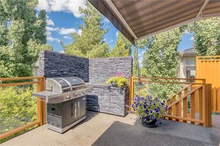 Photo 35: 100 DOUGLASDALE Point SE in Calgary: Douglasdale/Glen Detached for sale : MLS®# C4264061