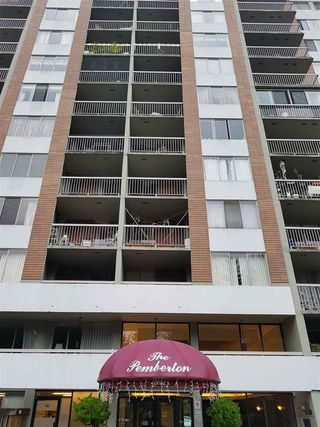 "Main Photo: 613 2012 FULLERTON Avenue in North Vancouver: Pemberton NV Condo for sale in ""WOODCROFT"" : MLS®# R2420416"