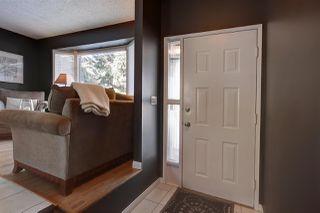 Photo 2: 9819 165 Avenue in Edmonton: Zone 27 House for sale : MLS®# E4187466