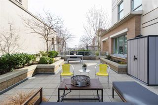 """Photo 2: 302 189 NATIONAL Avenue in Vancouver: Downtown VE Condo for sale in """"SUSSEX"""" (Vancouver East)  : MLS®# R2446156"""