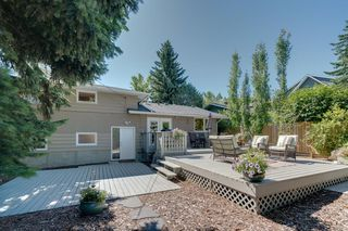 Photo 38: 2320 34 Avenue NW in Calgary: Charleswood Detached for sale : MLS®# A1014786