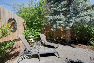 Photo 36: 2320 34 Avenue NW in Calgary: Charleswood Detached for sale : MLS®# A1014786