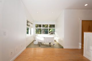 Photo 16: 2475 PALMERSTON Avenue in West Vancouver: Queens House for sale : MLS®# R2486592