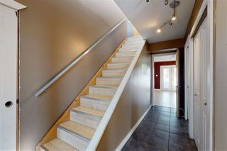Photo 2: 5821 44A Street: Vegreville House for sale : MLS®# E4212478