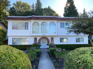 Photo 1: 407 Laurentian Crescent in Coquitlam: Central Coquitlam House for sale : MLS®# R2482289