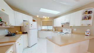 Photo 2: 1294 Leeward Way in : PQ Qualicum Beach Single Family Detached for sale (Parksville/Qualicum)  : MLS®# 855443