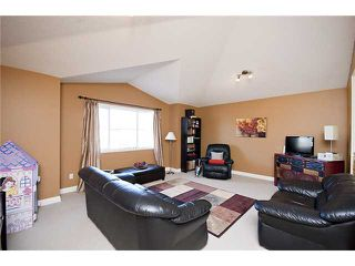 Photo 10: 39 BOW RIDGE Crescent: Cochrane Residential Detached Single Family for sale : MLS®# C3558601