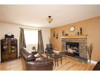 Photo 8: 39 BOW RIDGE Crescent: Cochrane Residential Detached Single Family for sale : MLS®# C3558601