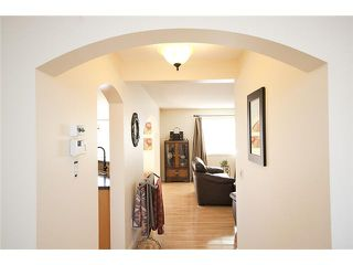 Photo 3: 39 BOW RIDGE Crescent: Cochrane Residential Detached Single Family for sale : MLS®# C3558601