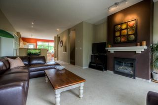 "Photo 4: # 63 14959 58TH AV in Surrey: Sullivan Station Townhouse for sale in ""Skylands"" : MLS®# F1311574"