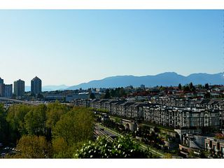 """Photo 1: 1802 2133 DOUGLAS Road in Burnaby: Brentwood Park Condo for sale in """"PERSPECTIVES"""" (Burnaby North)  : MLS®# V1009852"""
