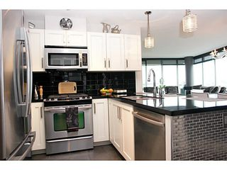 """Photo 5: 1802 2133 DOUGLAS Road in Burnaby: Brentwood Park Condo for sale in """"PERSPECTIVES"""" (Burnaby North)  : MLS®# V1009852"""