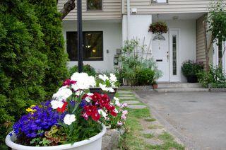"""Photo 1: 5 10900 SPRINGMONT Drive in Richmond: Steveston North Townhouse for sale in """"STEVESTON NORTH"""" : MLS®# V1012889"""