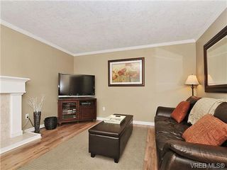 Photo 2: 2422 Twin View Dr in VICTORIA: CS Tanner House for sale (Central Saanich)  : MLS®# 650303